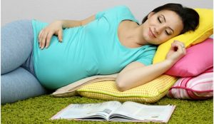 sleeping-during-pregnancy-is-good-or-bad