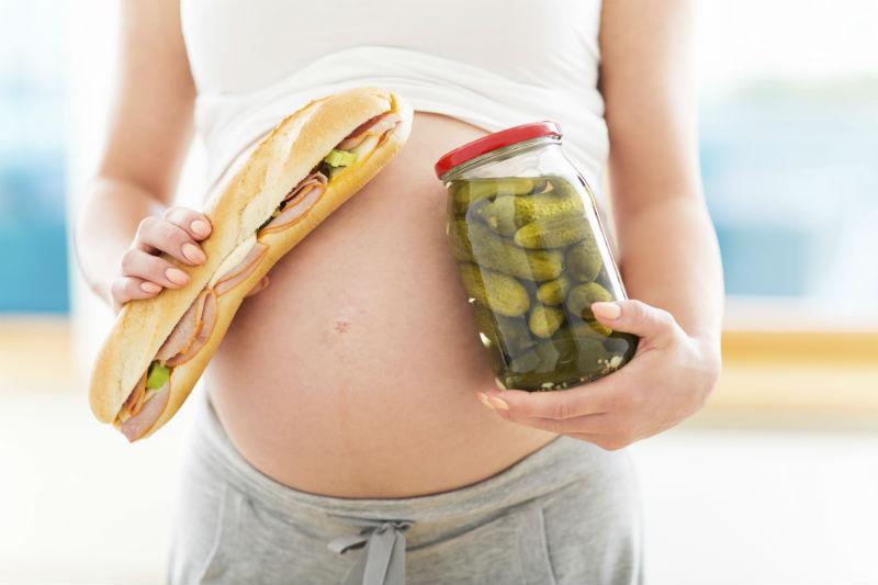 Pregnant-Women-Cravings